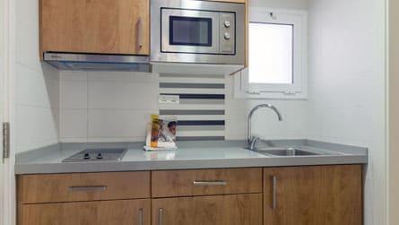 4-estudio-2-3-personas-cocina.jpg